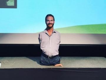 Motivator Tanpa Lengan dan Kaki Kelas Dunia    Nick Vuljivic