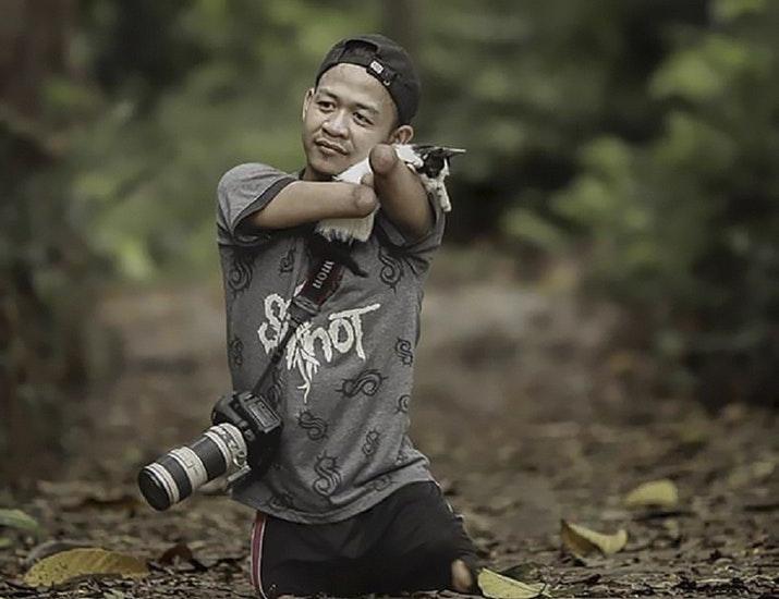 Fotografer Handal Difabel Indonesia Yang Mendunia