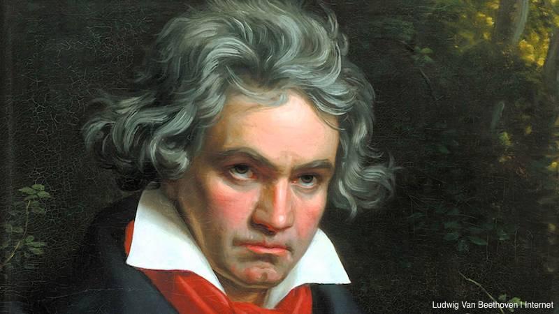 Beethoven, mengalami gangguan pendengaran