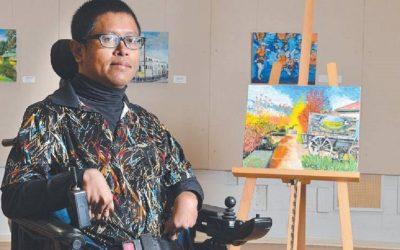 Faisal Rusdi, adalah difabel pelukis