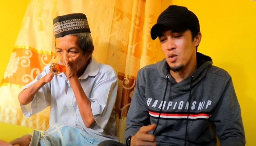 Cerita Pak Harun Penjual Al Quran Difabel dari Lampung