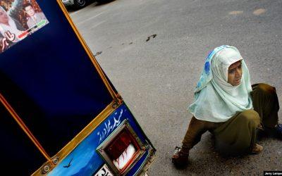 Asoo Bai Kolhi, Berkomitmen pada Pendidikan Anak