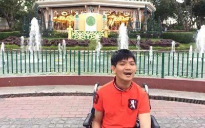 Wesley Wee, Disabilitas Sukses Menulis Buku