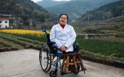 Li Juhong Dokter Tanpa Kaki Layani Ribuan Pasien di China
