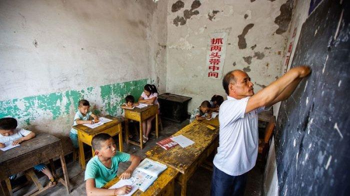 Chen Haiping Tanpa Jari Jemari Tangan Tetap Semangat