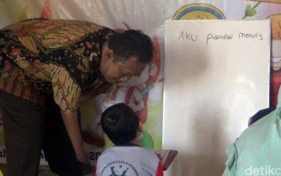 Joko Murtanto Difabel Inspiratif Mendirikan PAUD