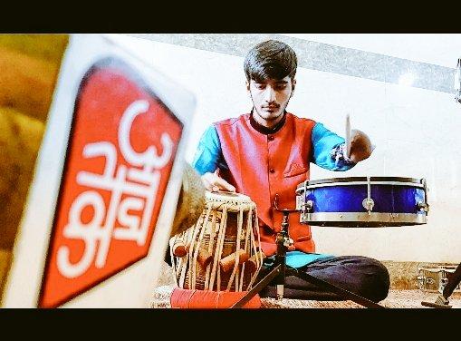 Saurabh Gadhavi Dengan Satu Lengan Jadi Drummer