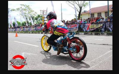 Cacat Fisik Tak Hentikan Sikot NGL Jadi Pembalap Drag Bike