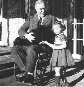 Franklin Delano Roosevelt Salah Satu Presiden Amerika Pengguna Kursi Roda