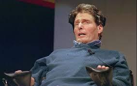 Christopher Reeve Seorang Aktor Sekaligus Sutradara, Produser Film, Dan Penulis Skenario Yang Lumpuh