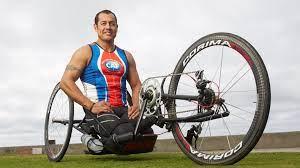 "Oscar ""Oz"" Sanchez Atlet Sepeda Tangan Dan Triatlon Paralimpiade Amerika Yang Mengalami Cedera Tulang Belakang Setelah Kecelakaan Sepeda Motor"